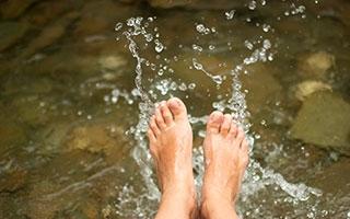 - im Wasser, frei nach Kneipp