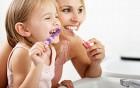 Kinderzahnpflege - wichtig für die Sprachentwicklung