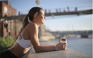 Kaffee ist eines der besten Getränke, um abzunehmen