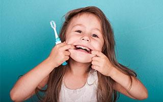 Das macht Kinderzähne stark