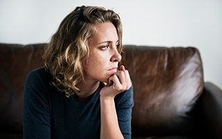 Stimmungs-Steuerung durch Hormone – der Frauen Frust oder Freude