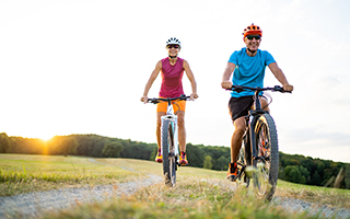 Wir empfehlen bei Arthrose: Sport und Vitamin D