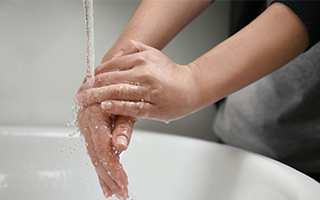 Hygiene hilft, Ansteckung vermeiden.