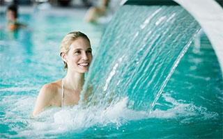 Wunderbar warmes Wasser: Thermalbäder