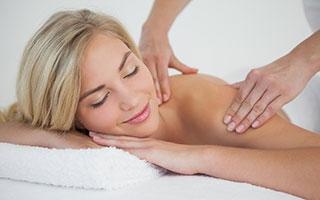 Verspannter Nacken = Kopfschmerzen?!