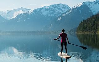 Stand Up Paddling trainiert den ganzen Körper