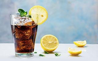 Süße Getränke – eine Extramahlzeit?