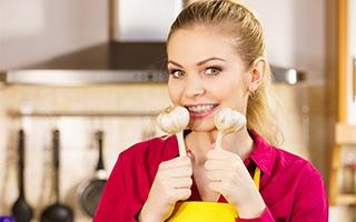 Superfood Knoblauch - hilft nicht nur gegen Vampire