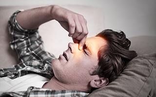 Nasennebenhöhlen-Entzündung: Als wollte der Kopf explodieren