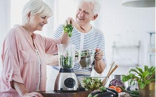 Senioren benötigen mehr Eiweiß
